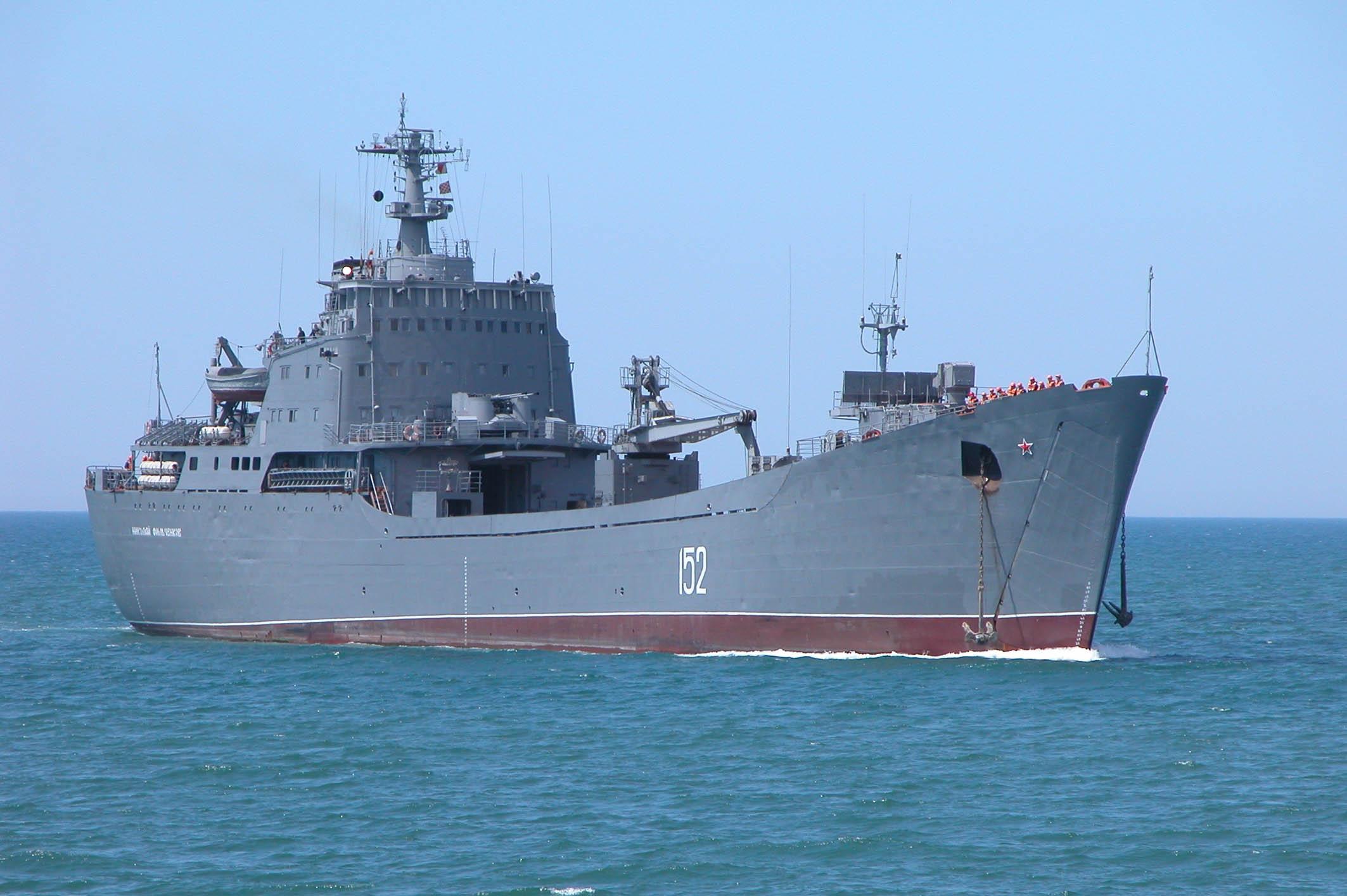 Rússia desloca mais um navio de desembarque para o Mediterrâneo, o Nikolai Filchenkov